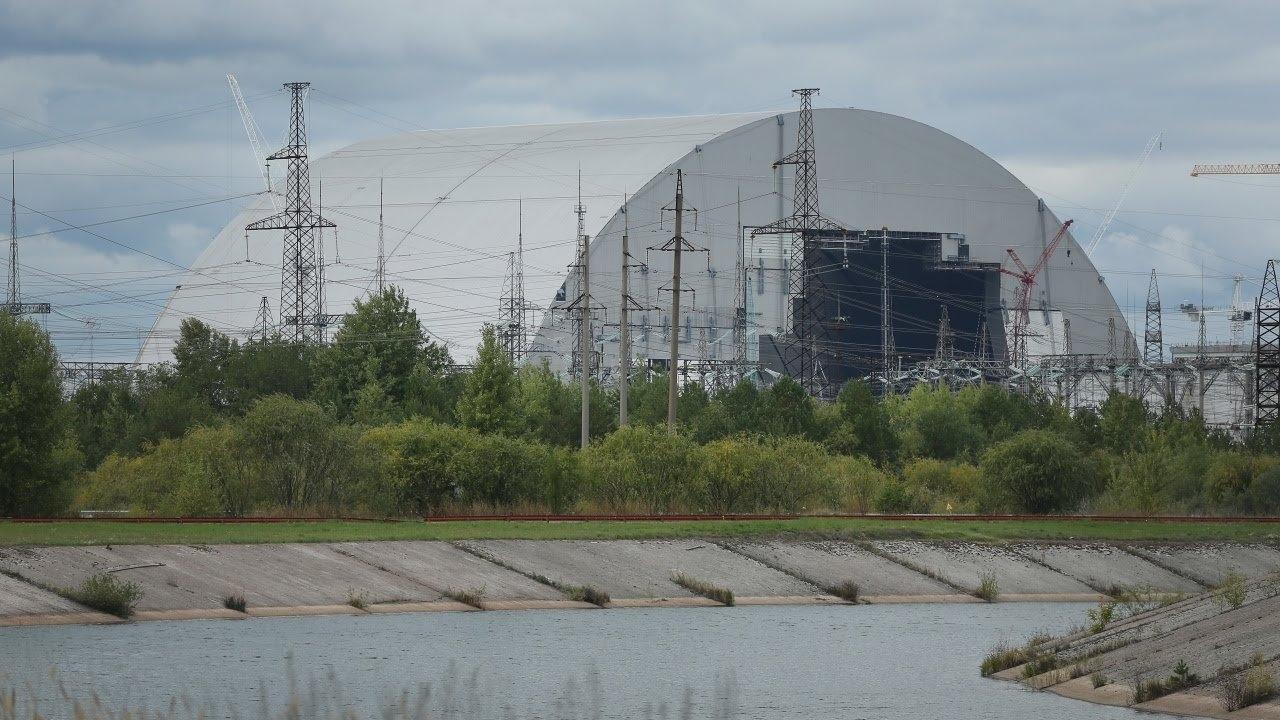 """Учени, наблюдаващи изоставената атомна електроцентрала """"Чернобил"""" в Украйна, открихареакции на"""