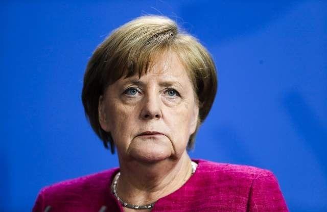 Германският канцлер Ангела Меркел управлява Германия в продължение на 16