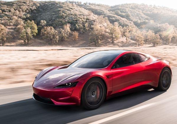 Второто поколение на Tesla Roadster бе показано преди повече от