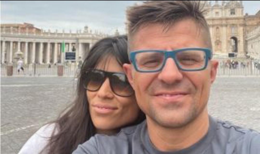 Тв водещият и продуцент Андрей Арнаудов се скри на рождения