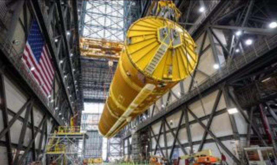 Американската космическа агенция сглоби първата от мощните си ракети Ес