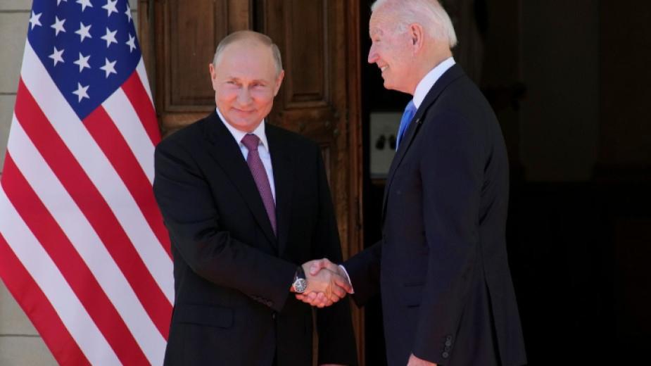 Преговорите между президентите на Русия и на САЩ Владимир Путин