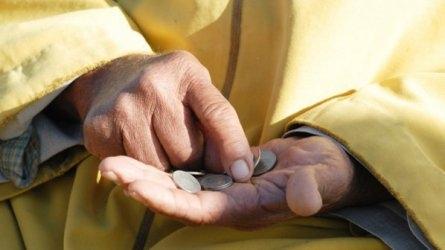 Бедните българи са 23,8 процента от населението или близо 1