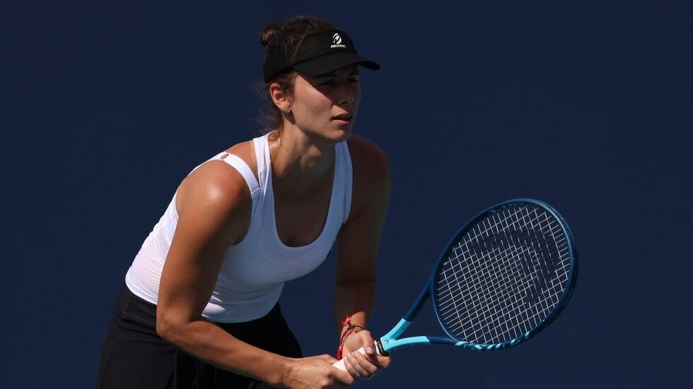 Спортист №1 на България Цветана Пиронкова с лекота се класира