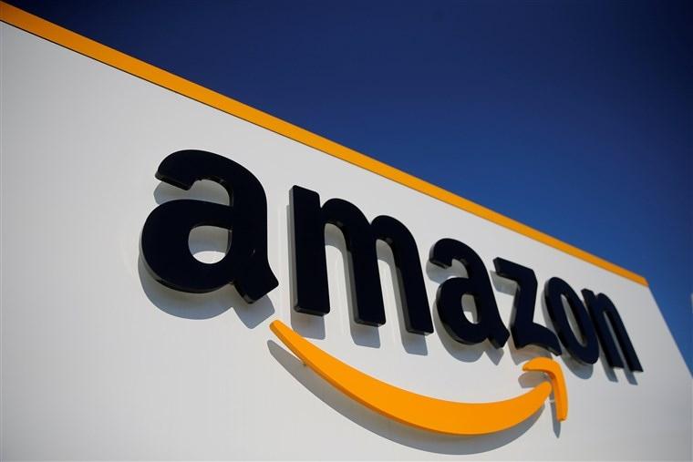 Гигантът в електронната търговия на дребно Amazon унищожава милиони непродадени