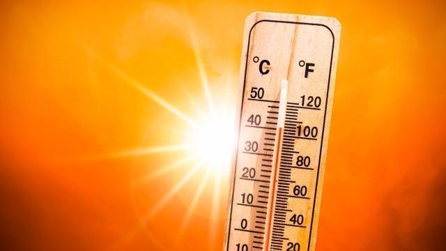 Предупредителен жълт код за високи температури за цялата страна обяви