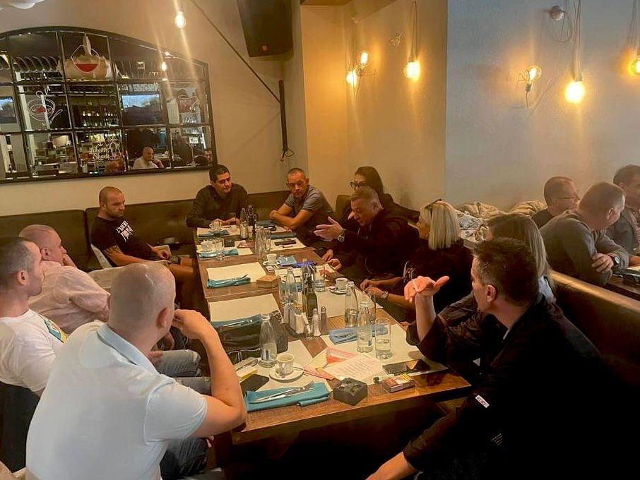 В Плевен се проведе среща на адвокат Радостин Василев и