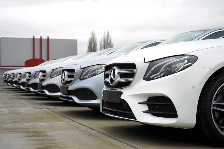 Продажбите на нови автомобили в ЕС отбеляза силен спад през